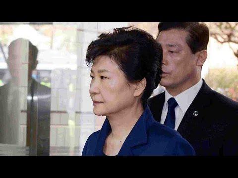 Park Geun-hye attends arrest warrant court hearing
