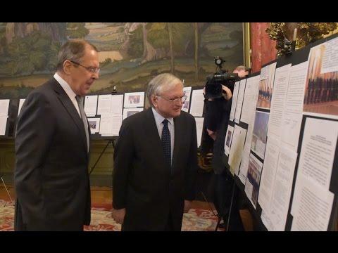 C.В.Лавров и Э.А.Налбандян открывают выставку