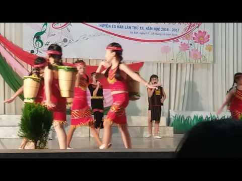 Minhkhai-eakar-Giai Dieu Tuoi Hong - 2016