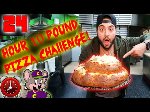 DIY GIANT PIZZA // 24 HOUR OVERNIGHT CHALLENGE IN A PIZZA STORE! PIZZA STORE FORT CHALLENGE!