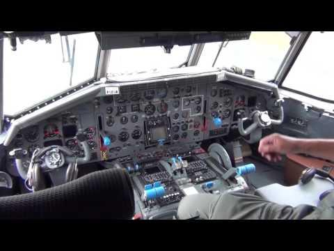Transall: Blick in Cockpit und Laderaum - Abheben im mächtigen Bundeswehr-Flugzeug