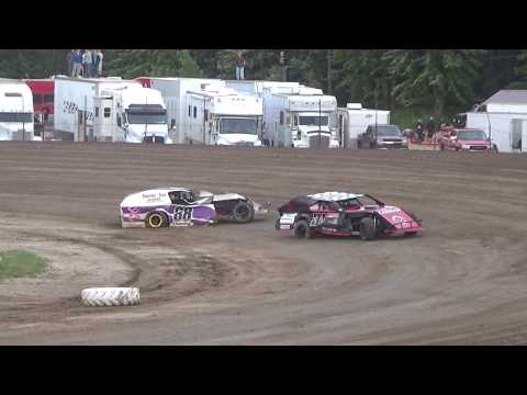 UMP Heat Race #2 at Mt. Pleasant Speedway, Michigan on 08-04-2017.