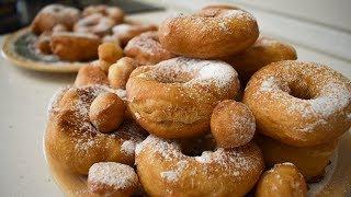 Пышные пончики на кефире. Пончики в масле