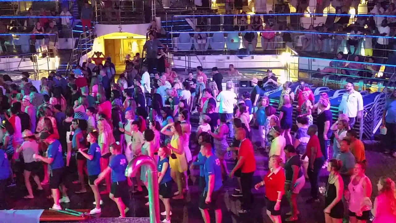 Carnival Liberty Cruise Pool Party 4