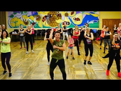Zumba - Madonna - La Isla Bonita (Salsa Remix)