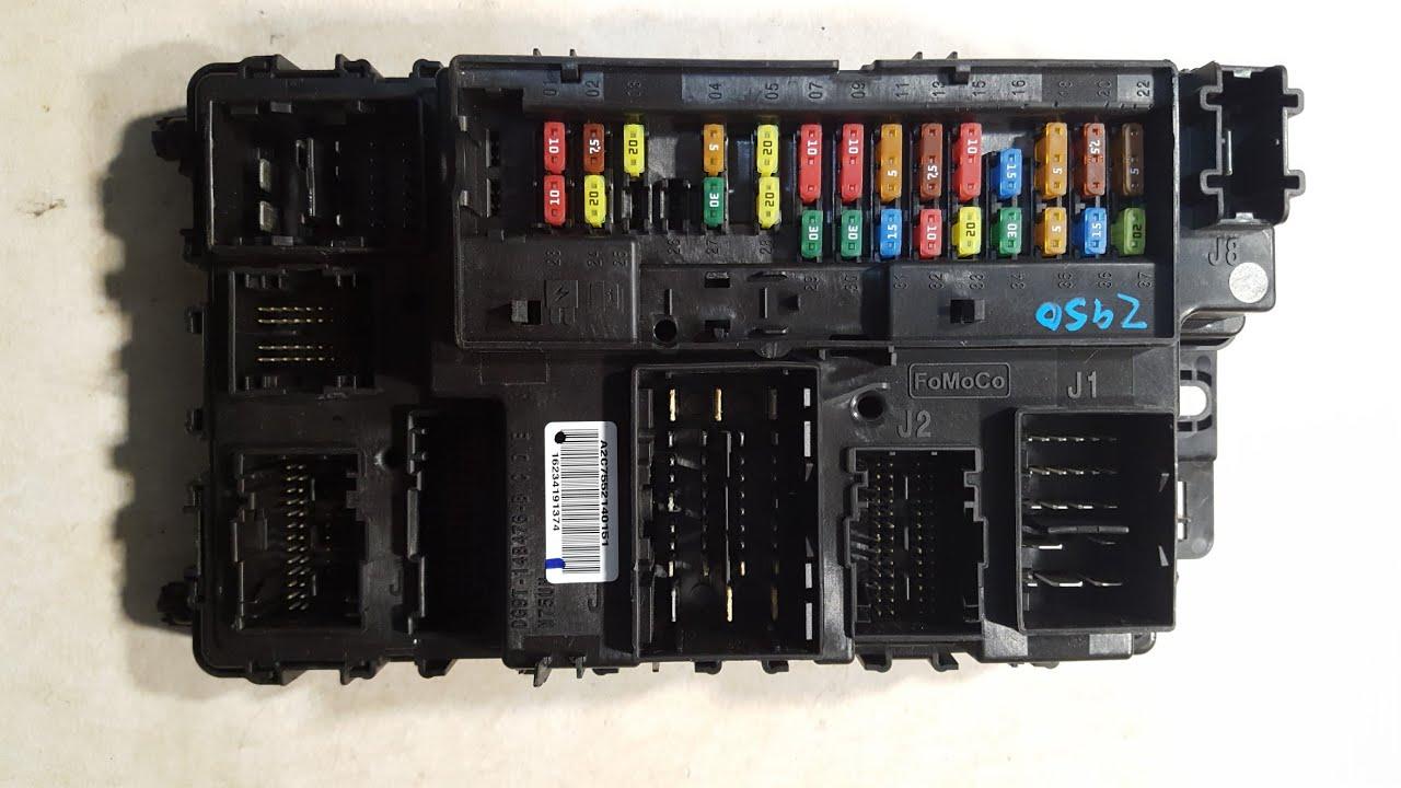 Took apart a 20132017 Ford fusion bcm body control module