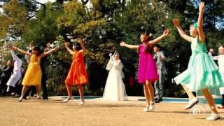 """フラッシュモブ ガーデンに迎えられた新郎新婦・・・そこから始まる急展開! Allstar Weekend """" Come down wih love """" Flash mob"""
