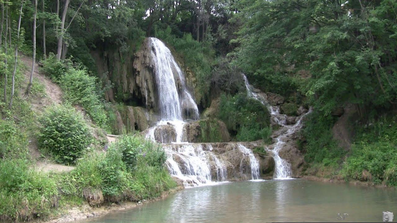 Lúčanský vodopád, Lúčký, Slovakia - YouTube