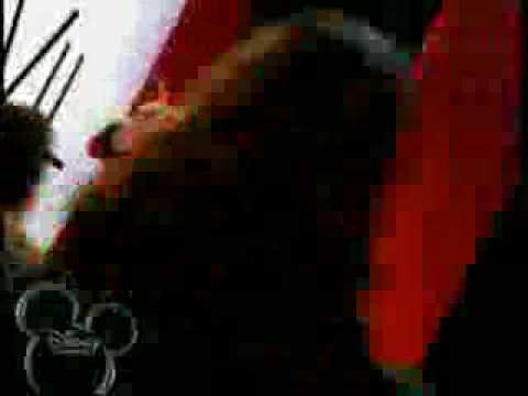 Selena Gomez- Cruella De Vil official music video