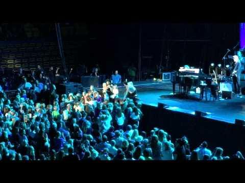 "Idina Menzel ""Let It Go"" at UCCU Center"