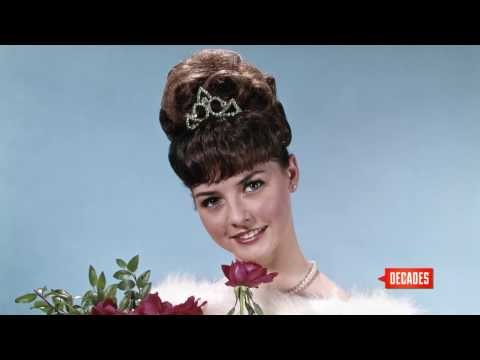Retrospectacle: Bouffant Hair: Nowhere to Go but Up - Decades TV Network
