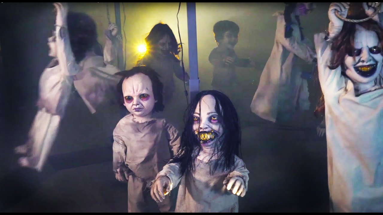 CREEPY Kids Playground Halloween Haunt Scene | Distortions Kiddyland Kombo