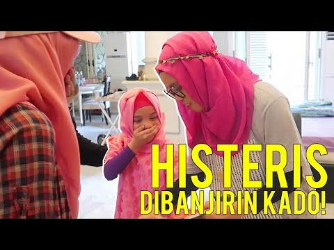 Histeris!! Dibanjirin Kado Saleha Surprise Birthday - After Diprank Sekeluarga Gen Halilintar