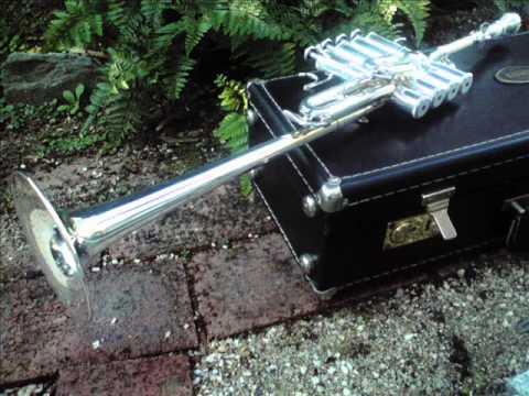Ave Maria Caccini piccolo trumpet organ high note tone