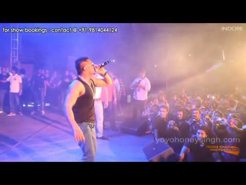Yo yo honey Singh live show indoor