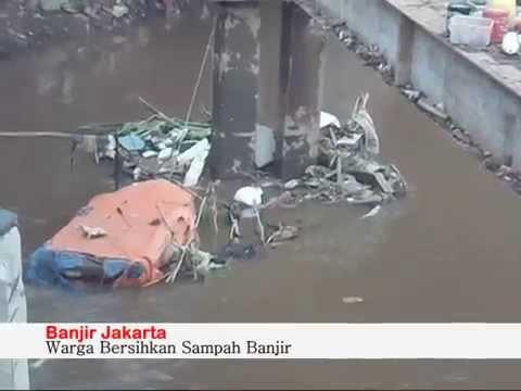 Jakarta drown on flood