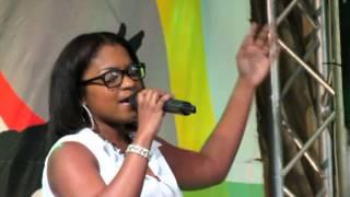 Angelique Klooster @Youth Connection 2013 - Designed to Worship (Iglesia Resurekshon i Bida)