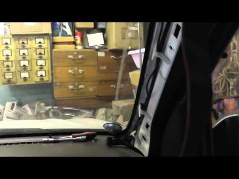 видео: Мазда Трибьют: ремонт и обслуживание - Установка БК multitronics vc730