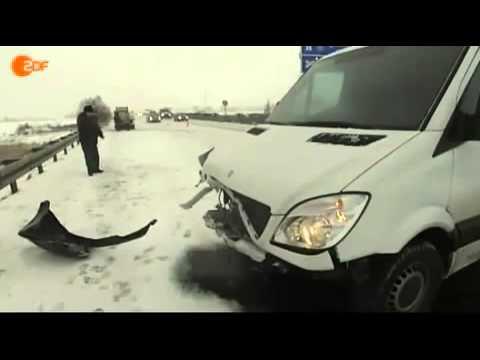 Ausländer beschreibt einen Unfall - YouTube
