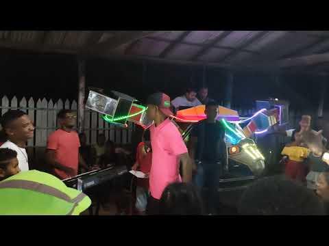 Peteca em show de calouros TURIAÇU-MA  Música volta em bacuri. falando do prefeito de TURIAÇU