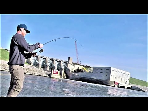 Spillway Fishing With Homemade Lures!!! (Lots Of Fish)