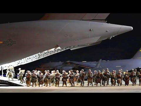 Army Paratroopers Night Jump – The Legendary 82nd Airborne Division