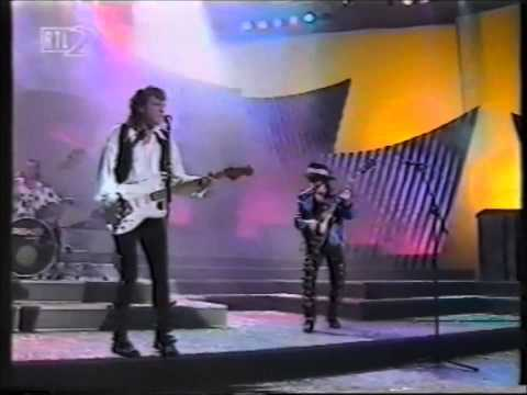 HIT**  - SLADE -  live ''far far away'', ''my oh my''