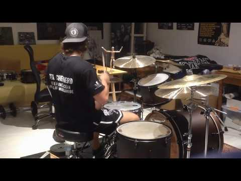 baroness---'little-things'-(improv-/-drum-cover)