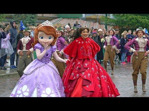 Princess Promenade Pirates Princesses Festival Disneyland