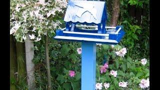 Video 8 Pallet Wood Bird Feeding Station