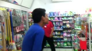 Gangnam style ala alfamart bukateja