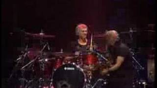 Soda Stereo - Sobredosis de tv (vivo 2007)