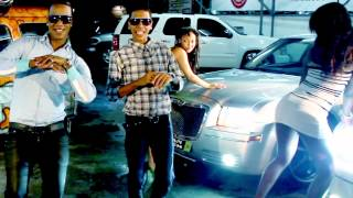 Repeat youtube video Wilo D' New - Menea Tu Chapa (Video Oficial)