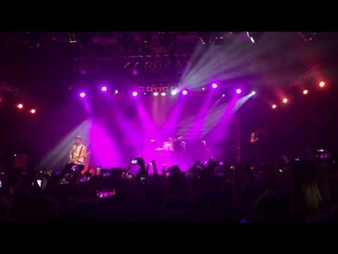 The Vamps - Rest Your Love (22/05/17 Warsaw POLAND)