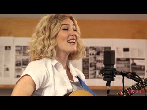 """Isthmus Live Sessions: Caroline Smith - """"Baby Goodbye"""" (New Song)"""