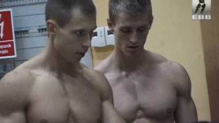 2 Czech Junior Bodybuilder @ Weight in
