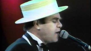 Elton John - Rocket Man - Wembley 1984 (HQ Video and Audio)