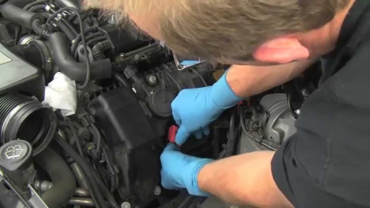 replacing spark plugs high performance ignition coils on a bmw v8 n62 engine [ 1280 x 720 Pixel ]