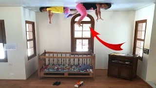 Elif Öykü ve Masal'ın Ters EV Macerası ! Funny Kids Video