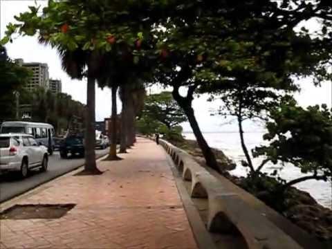 Dominicanas singando en el malecon