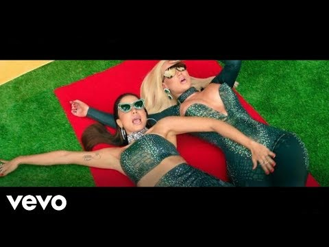 Iggy Azalea - Switch (Lyric Video) ft. Anitta