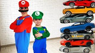 Марк и любимые серии для детей про помощника с машинками