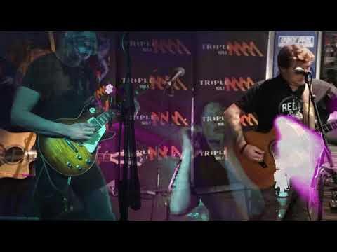 The Screaming Jets Live At  Eddies Desk MMM Melbourne