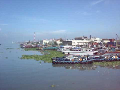 Muelle dela Industria (San Nicolas) and Muelle del Rio (South Harbor district)
