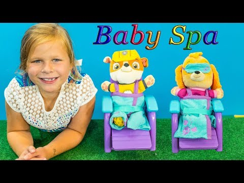 PAW PATROL Nickelodeon Assistant Baby Spa Day with TheEngineeringFamily Video
