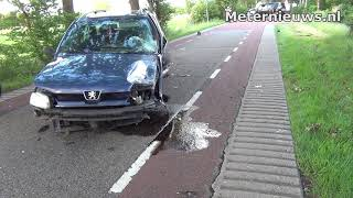 Auto's botsen in Grootegast