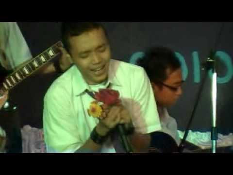 The Ariez band - 'Khalimah Cinta' acoustic version