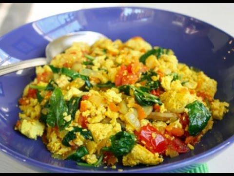 How to Make Scrambled Eggs with Vegetables - YouTube