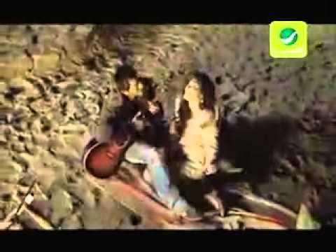 Tamer Hosny - Enaya Bet7ebak [English Subtitles] -  تامر حسني - عنيا بتحبك