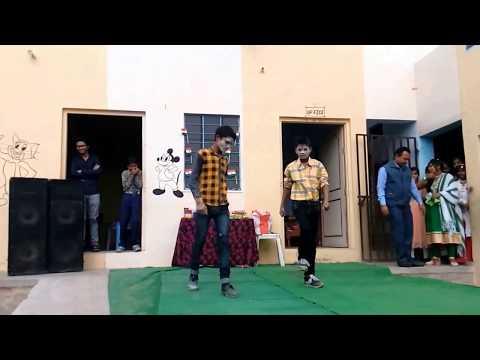 bum bum bole bole THE JOINT SONG Dance from school student